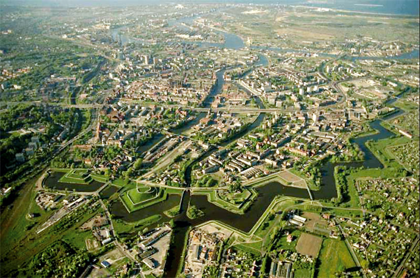 The Netherlands Fortified City Of Naarden Winter High-Res ... |Uzziahs Fortified Cities